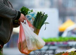 So will ein Berliner Stadtteil Plastiktüten aus dem Alltag zu verbannen