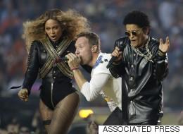 Coup de coeur pour le maquillage irisé de Beyoncé au Superbowl