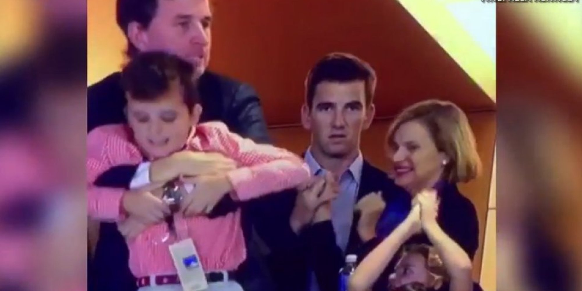 eli manning explains his face at the super bowl game