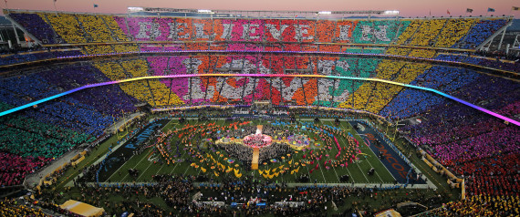 SUPER BOWL HALFTIME