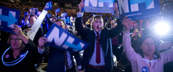 SUPPORTERS CHEER AS DEMOCRATIC PRESIDENTIAL CANDID