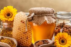 Produkte aus dem Bienenstock | Bild: Shutterstock/grafvision