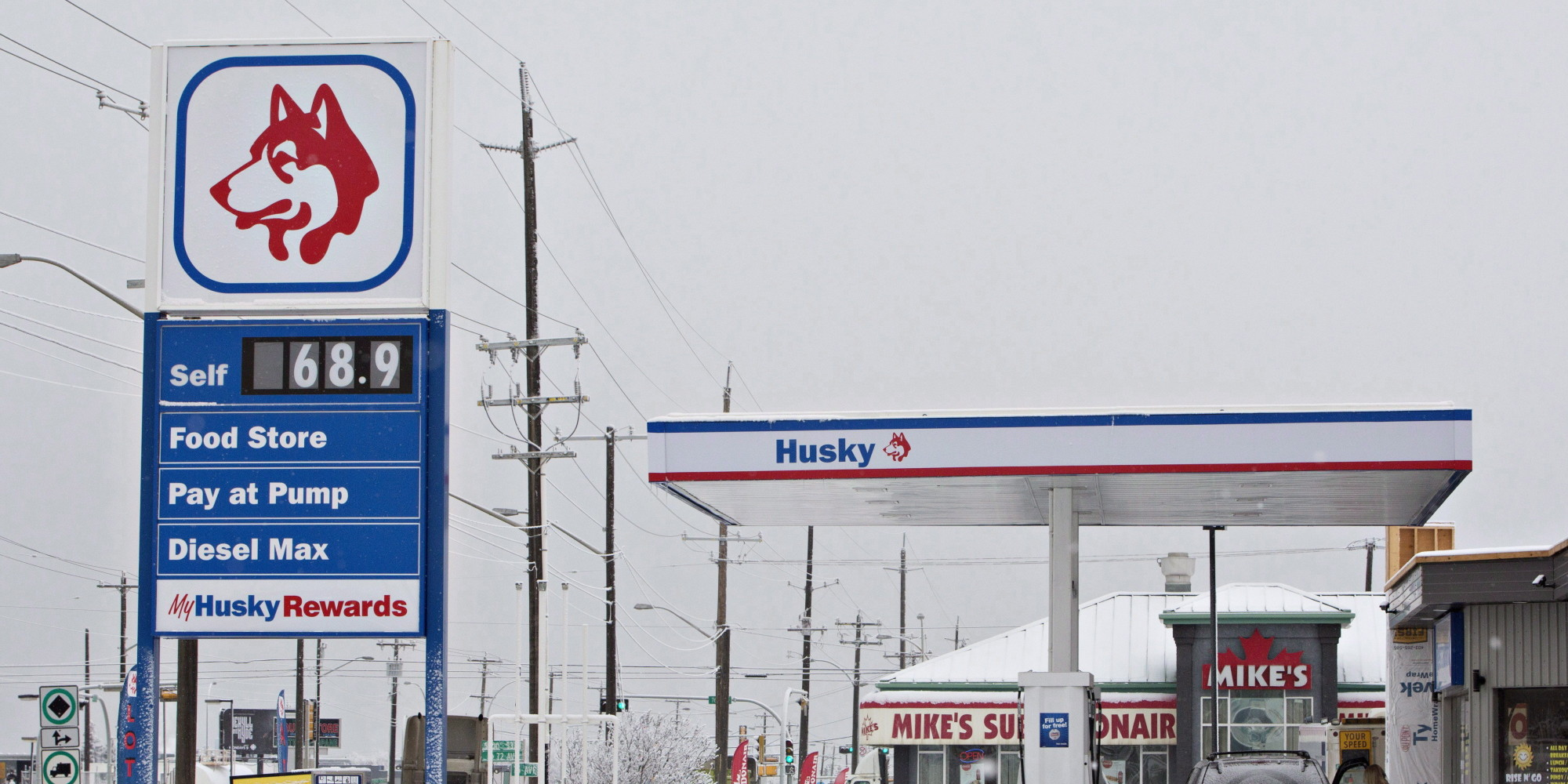 essay on gas prices Plunge in oil prices although the supply capacity of relatively high-cost and flexible producers, such as the shale oil industry in the united states,.