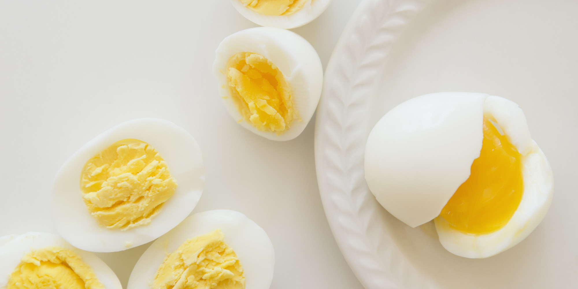 The 5-Second Trick For Making Hard-Boiled Eggs Easy To Peel | The ...