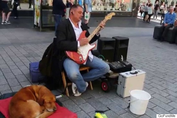 Have a Chat O-BLIND-BUSKER-570