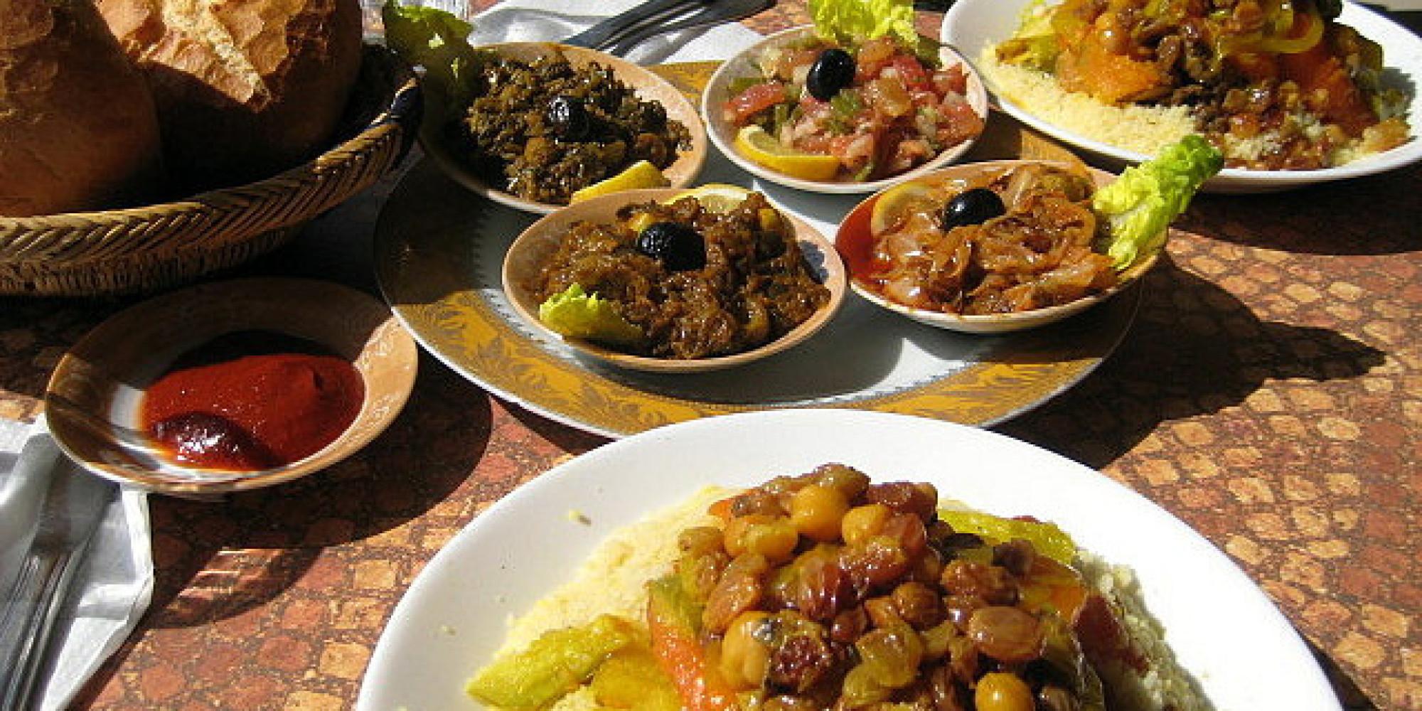 Les 10 excuses sortir pour viter un repas de famille for Idee repas convivial en famille