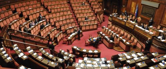 Un bagaglio di notizie senatori furbetti per euro for Differenza tra camera e senato