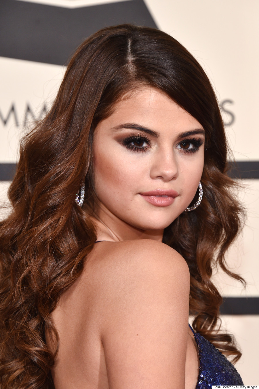 Selena Gomez Grammys 2016 Pop Star Sizzles In Sequin And Silk