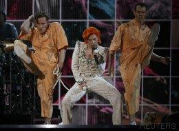 El homenaje de Lady Gaga a David Bowie en los Grammy