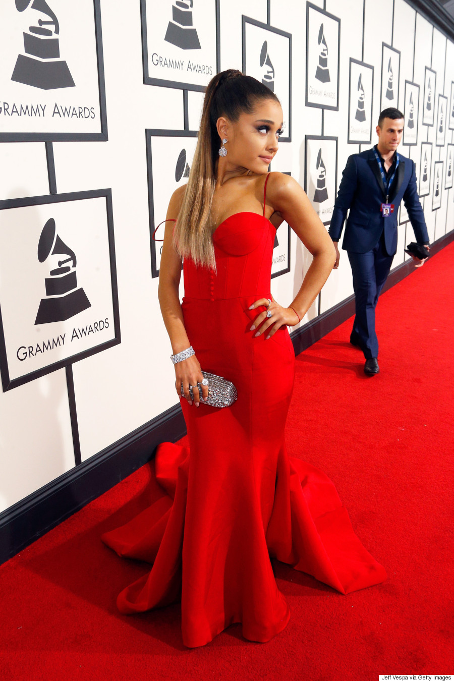 ariana on the grammy red carpet ariana grande fotp 2