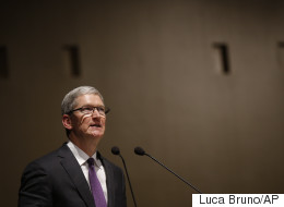 The FBI Have Demanded A 'Backdoor' Into Your iPhone - Read Tim Cook's Astonishing Reply