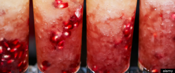POMEGRANATE JUICE HELPS ANTIAGEING