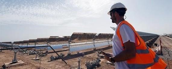 """شبكة الأخبار الأمريكية: المغرب في طريقه ليصبح """"قوة عظمى في قطاع الطاقة الشمسية"""" O-4-570"""
