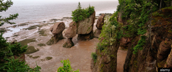 BAY OF FUNDY WONDERS OF THE WORLD