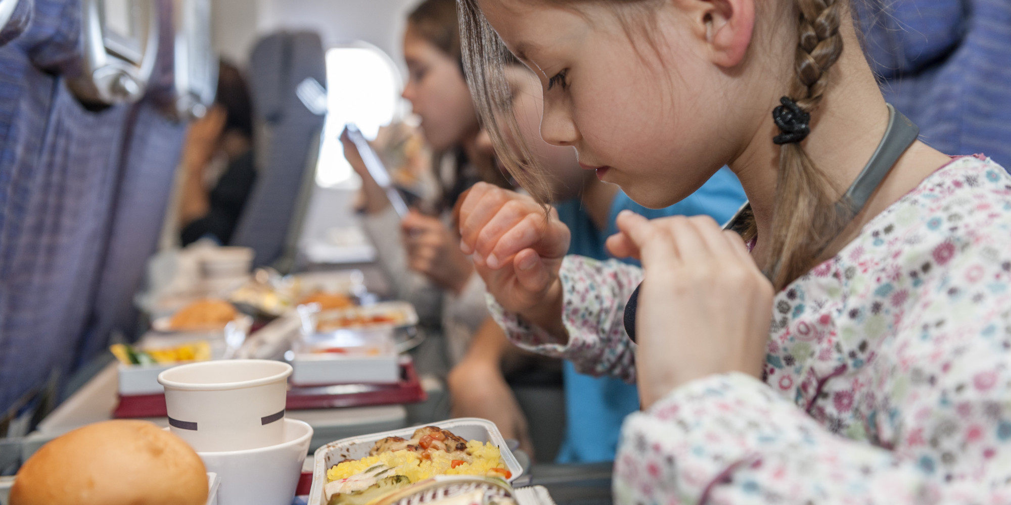 What Kind Of Food Or Drinks For Kids On Plane