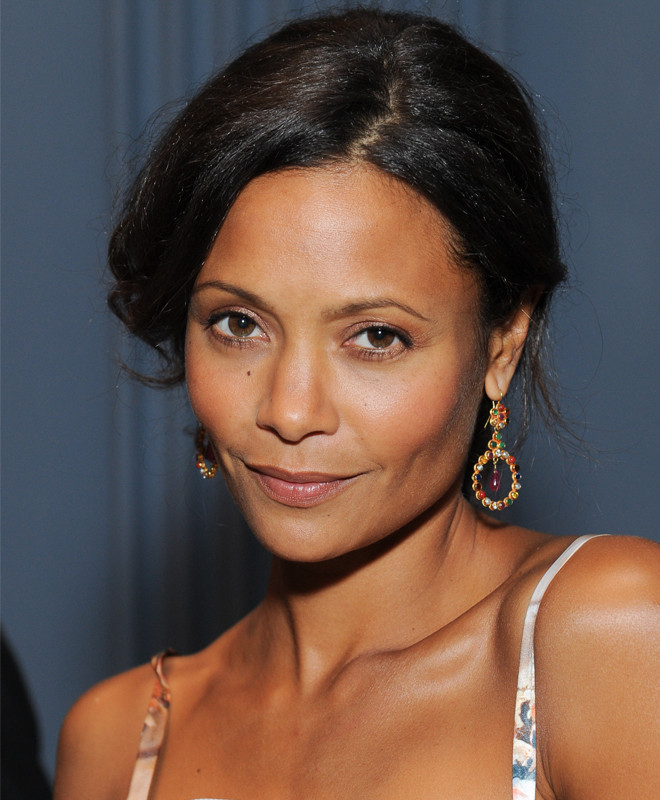 Thandie Newton On Fake Tans Her Mother S Skincare Advice Huffpost Life