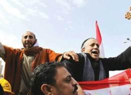 ينظم التحوّل الديني.. أقباط مصريون يتقدمون بمشروع قانون لـ