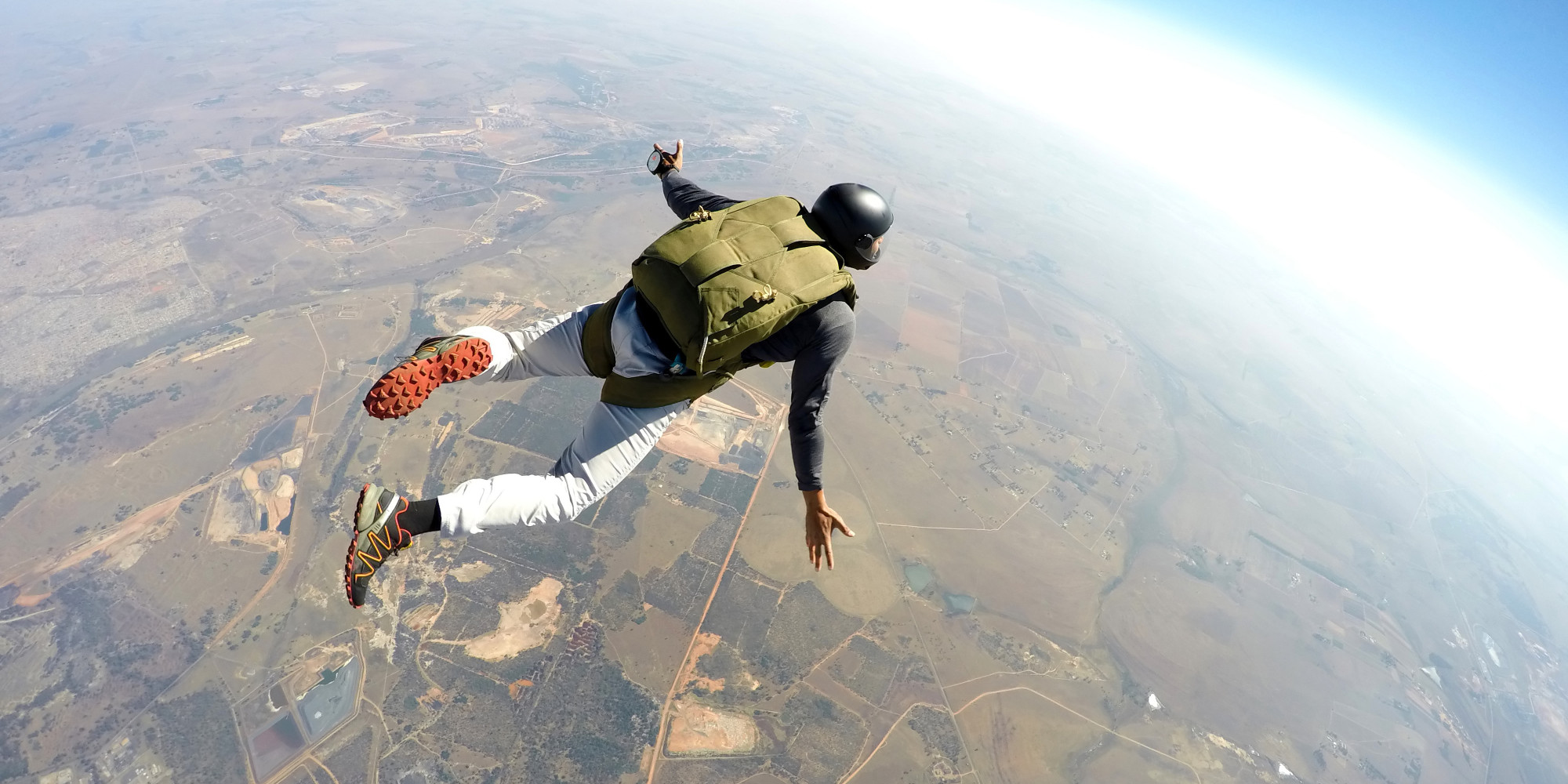 Naked Skydiving: Free Falling & Parachuting in the Nude