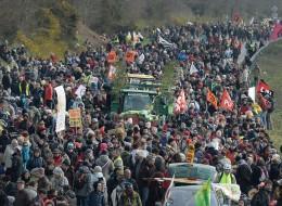 Mobilisation massive des opposants à l'aéroport de Notre-Dame-des-Landes