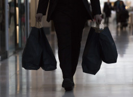 Americans Can Now Spend $800 Duty-Free.. Canadians Can Spend $20
