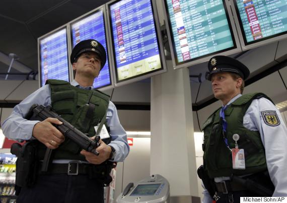 police berlin airport