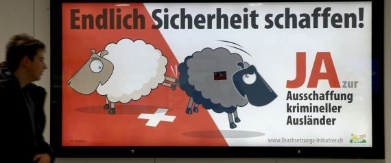 SUIZA RACISMO