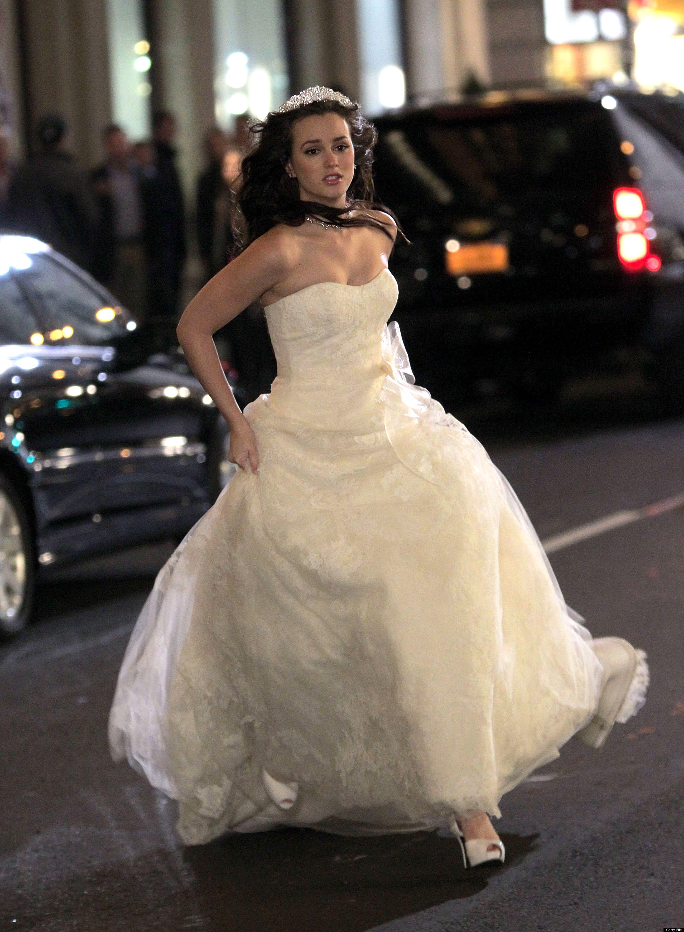Blair Waldorf S Wedding Dress More Enviable Fictional Bridal Gowns