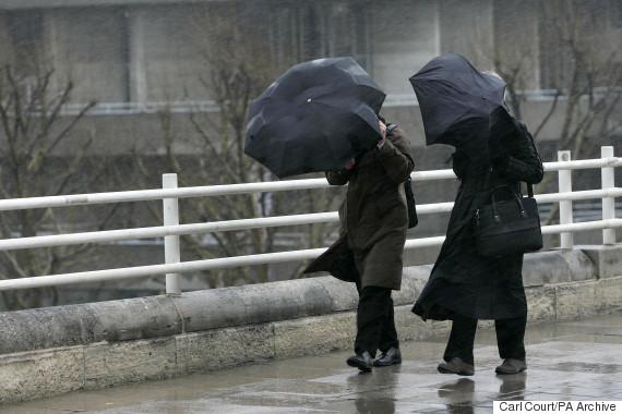 commuters rain uk