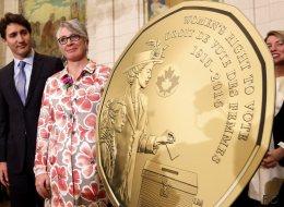 Une pièce et un billet pour les femmes au Canada