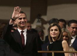 Los reyes aplazan su viaje a Japón y Corea por la falta de Gobierno en España