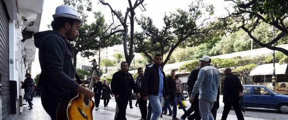 A Alger, le retour des artistes de rue