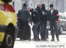 Cuatro policías heridos en una redada antiterrorista en Bruselas