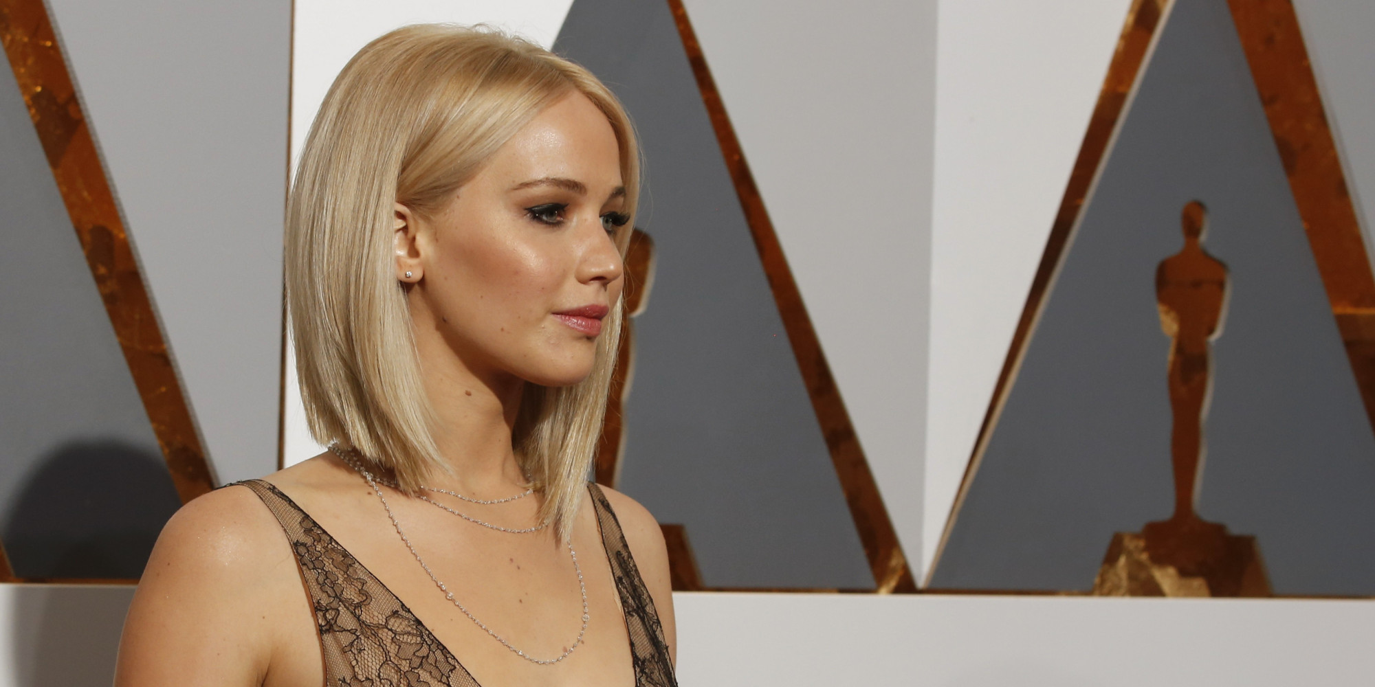 Le hacker qui a vol les photos nues de jennifer lawrence - Les simpson tout nu ...