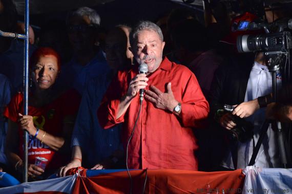 Lula arma esquema pra virar vítima