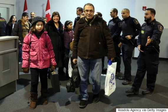 syrian refugees canada airport