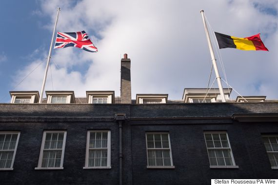 brussels flag downing street