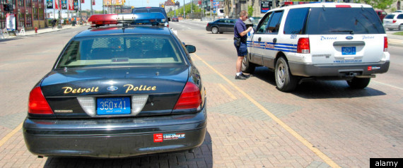 DETROIT POLICE OFFICERS SUSPENDED