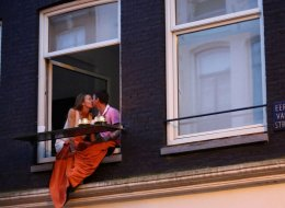 100 World Kisses: des bisous de partout! (PHOTOS)