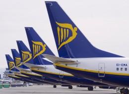 Pánico en un vuelo de Ryanair entre Barcelona e Ibiza al impactar un rayo en un ala