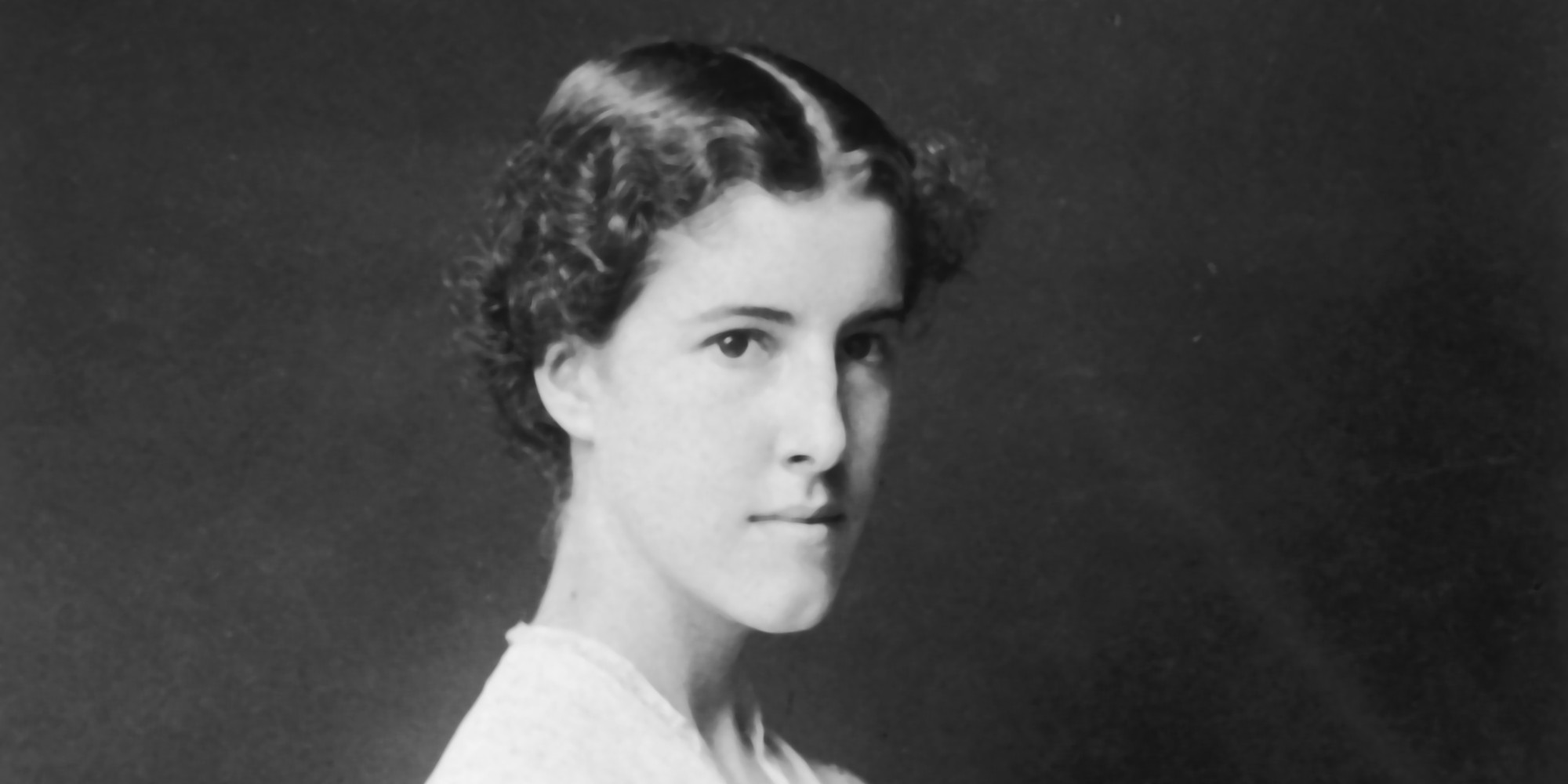 charlotte perkins gilman women economics essay Charlotte perkins gilman (author)  science, first published in 1898, explores the  evolution of women's economic reliance on men  the yellow wall-paper.