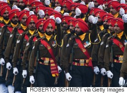American Sikhs File Lawsuit Demanding That Turbans Be  Allowed In Army