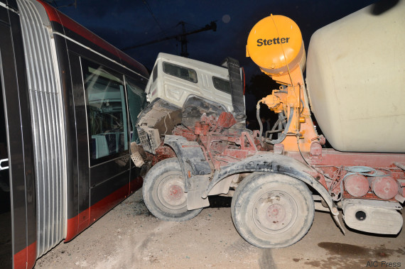 camion accident tramway