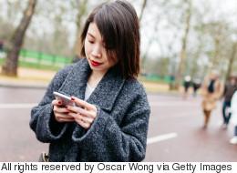 Une loi pour interdire les textos en marchant?