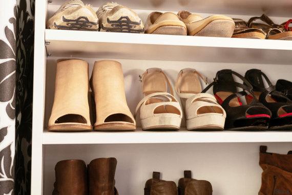 Tu armario es un desastre 10 trucos para encontrarlo - Para guardar zapatos dentro armario ...