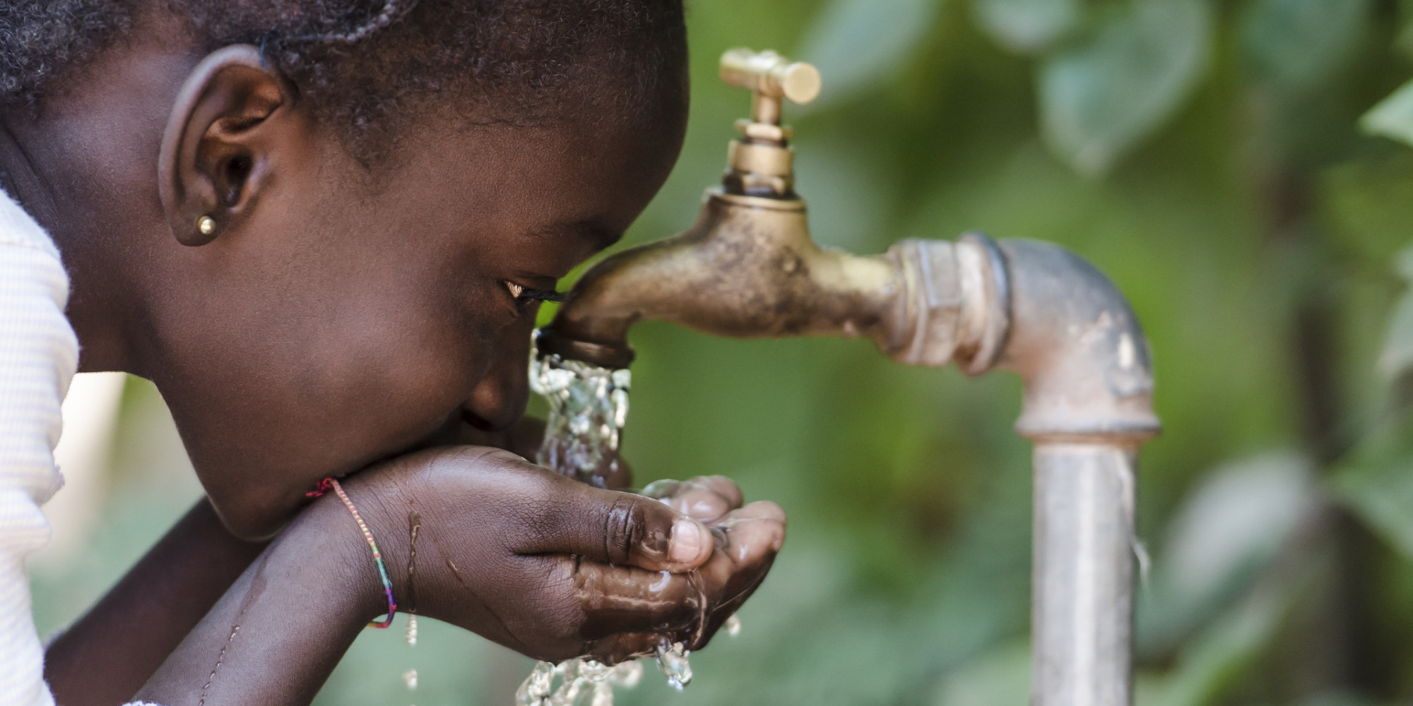 poverty in africa and water access Sub saharan africa have no access to sanitation, and 330 million people live  without access to safe water the poverty link to water, sanitation and hygiene is .