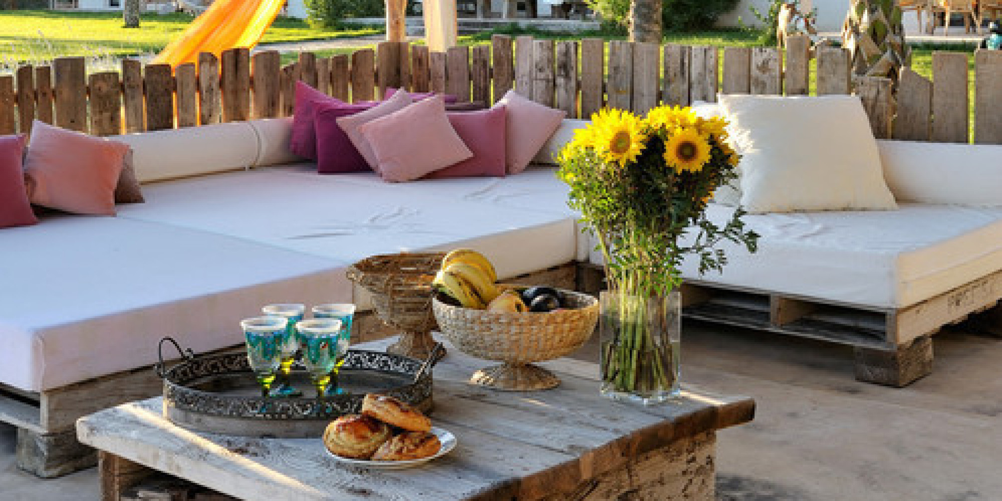 10 lounge-worthy outdoor spaces | huffpost