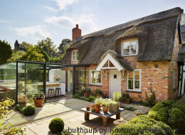 Cette cuisine dans un cottage anglais est entièrement vitrée (PHOTOS)