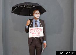 WATCH: Black Guy Plays 'The White Ambassador' To Harlem