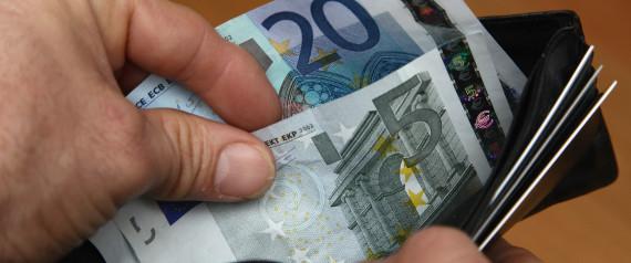Citaten Geld Deutsch : So viel geld hat jeder deutsche durch die niedrigen zinsen