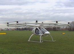 Un drone transformé en hélicoptère, est-ce encore un drone?